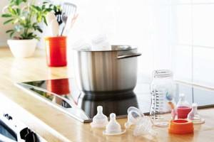 Стерилизация бутылочек и сосок в кастрюле в домашних условиях